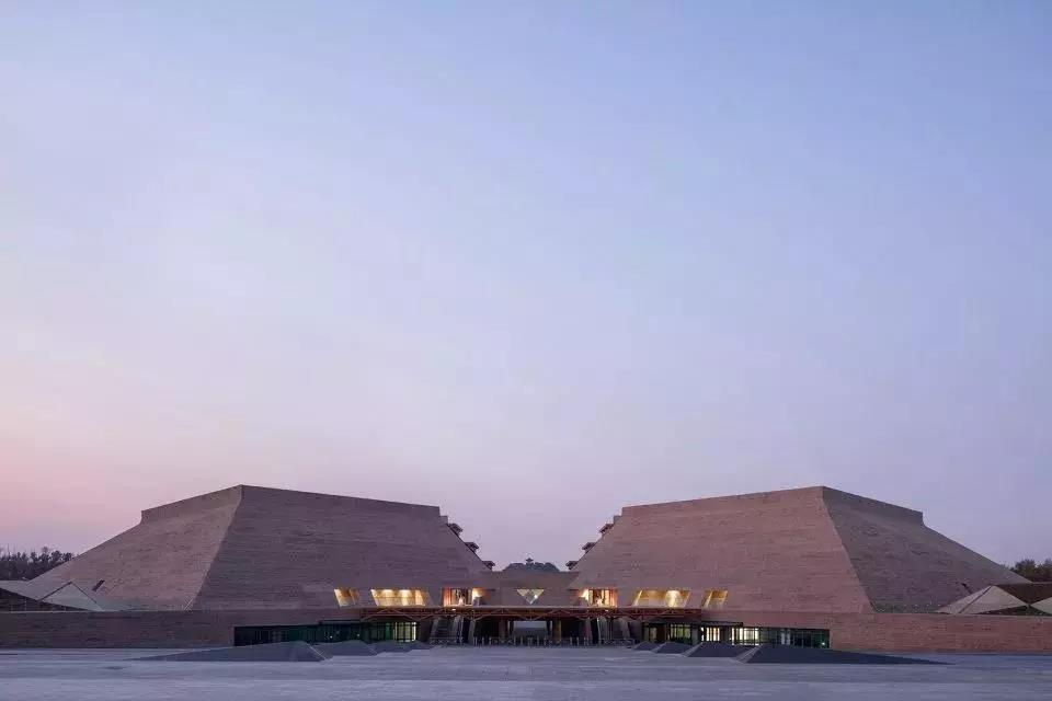 游客服务中心设计