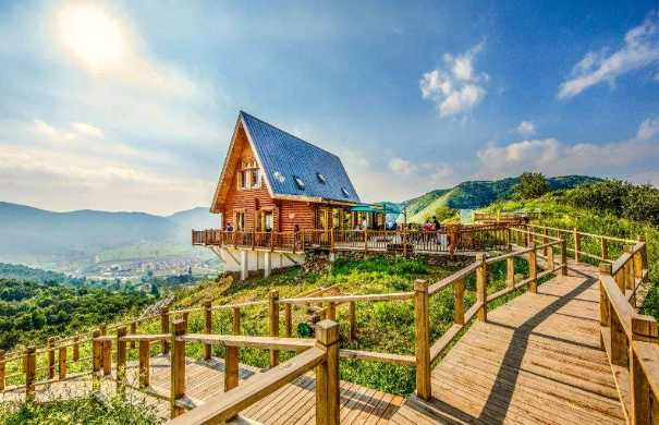 创艺园 | 特色旅游小镇之康养小镇如何规划开发?